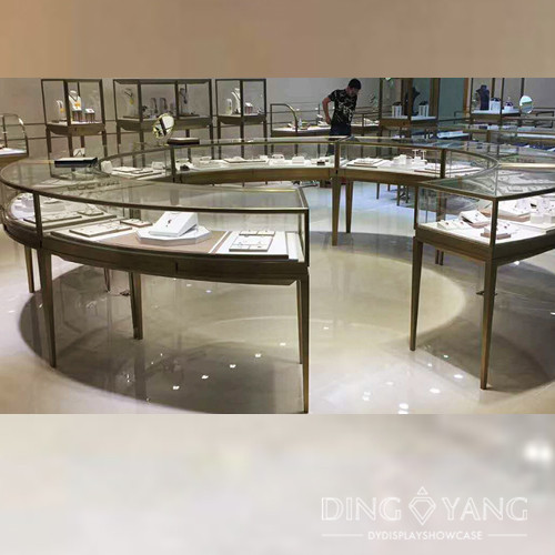 Round Large Jewelry Display Case